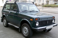 1280px-Lada_Niva_front_20080228